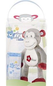 ARTHUR-ET-LOLA_coffret-singe-Arthur-2012_HR